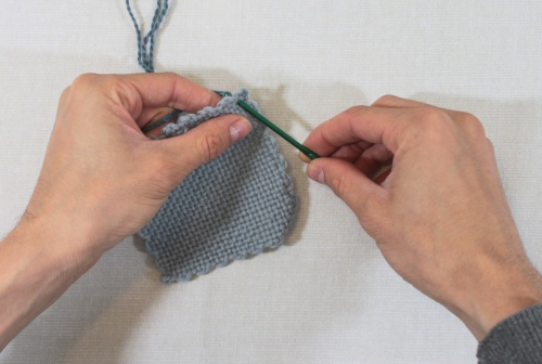 single crochet step 1