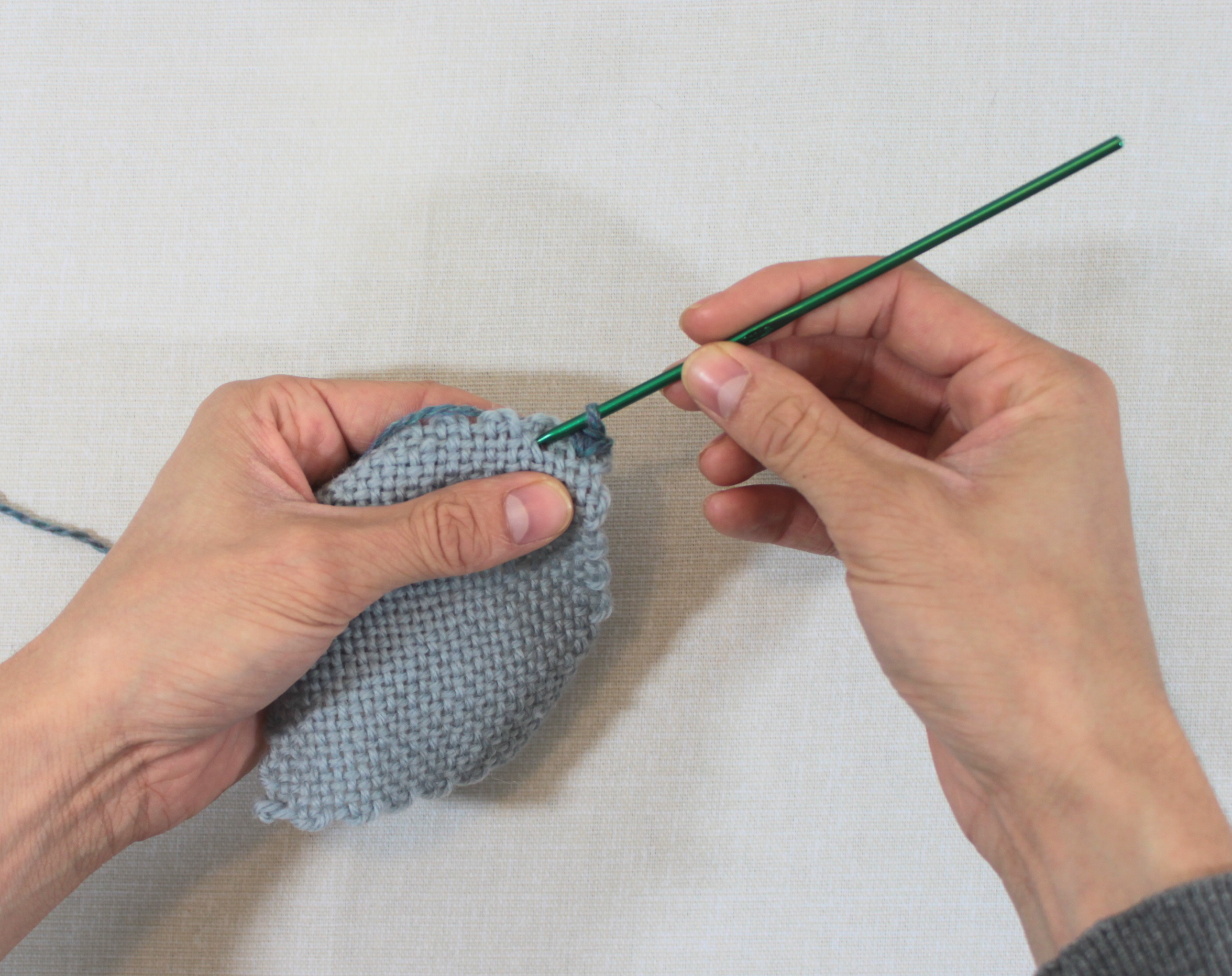 single crochet step 2