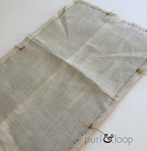 Free woven pillow tutorial from Purl & Loop on the Woolery Blog
