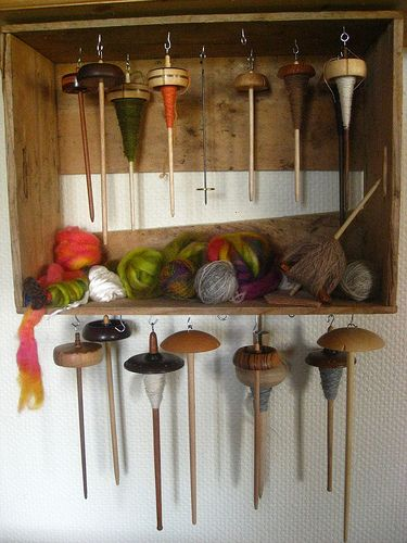 Drop Spindle Storage Idea (Via Ravelry)