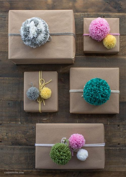 Gift wrap inspiration & free printable gift tags for handmade items on the Woolery blog.