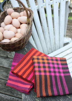 Free pattern from Louet for handwoven tea towels.